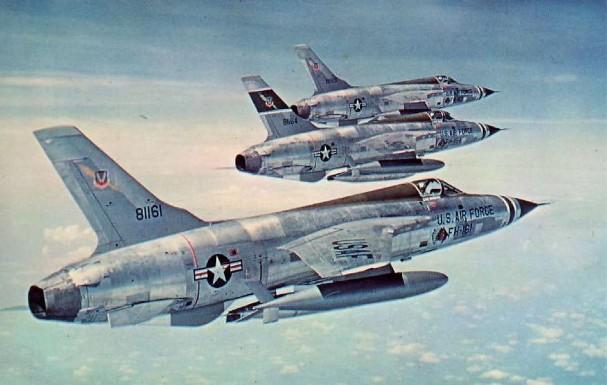 F-105 Thunderchief - 330 combat, 62 non-combat